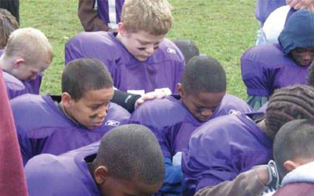 NLSM-football-prayer